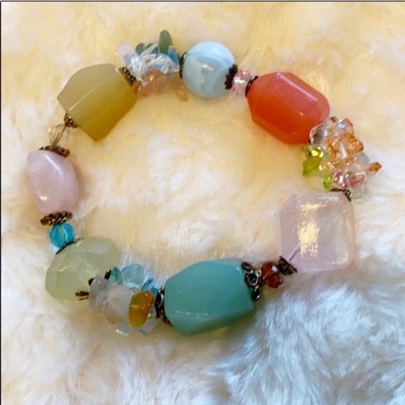 🆕 NEW Real Stone & Acrylic Bead Stretch Bracelet!